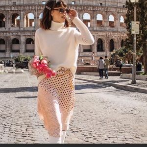 NWT! Zara 100% Cashmere Turtleneck Sweater Ecru S